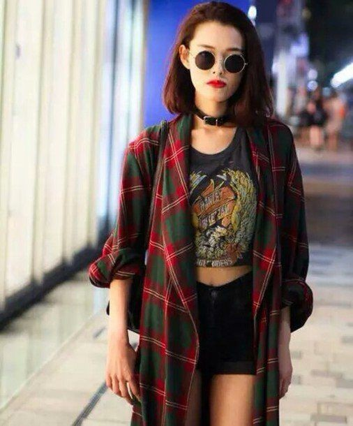 Attractive ideas for 90s grunge girl fashion