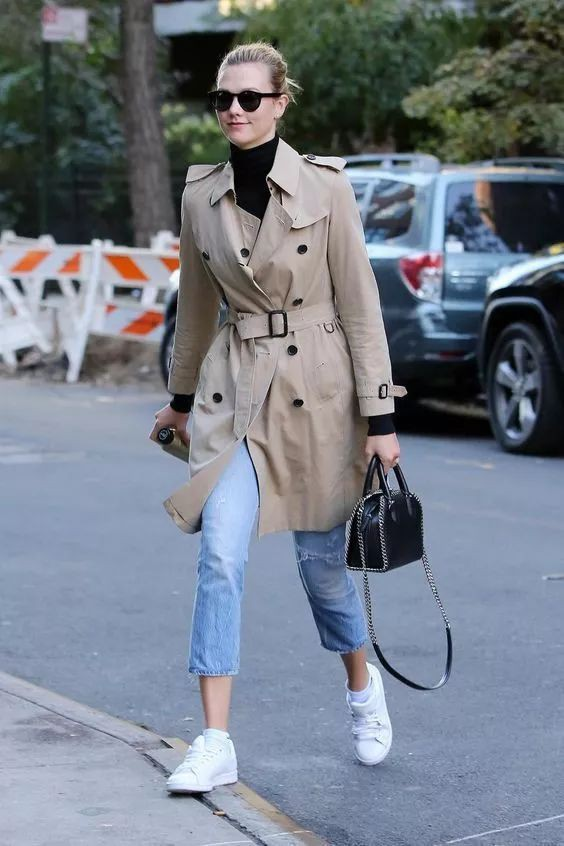 Wear burberry trench coat, Trench coat