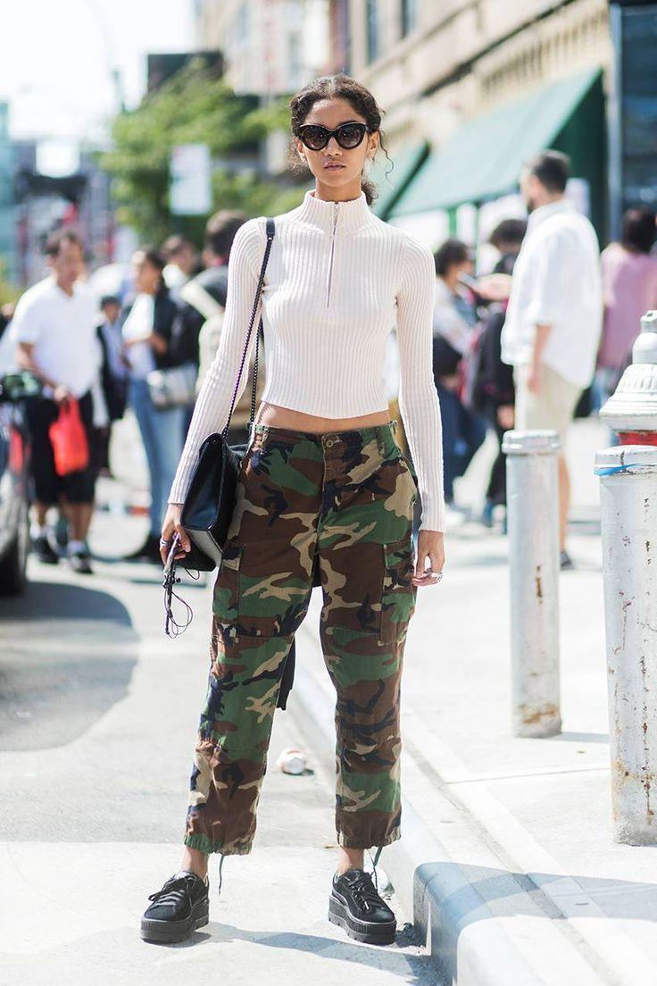 Camo pants street style, Cargo pants