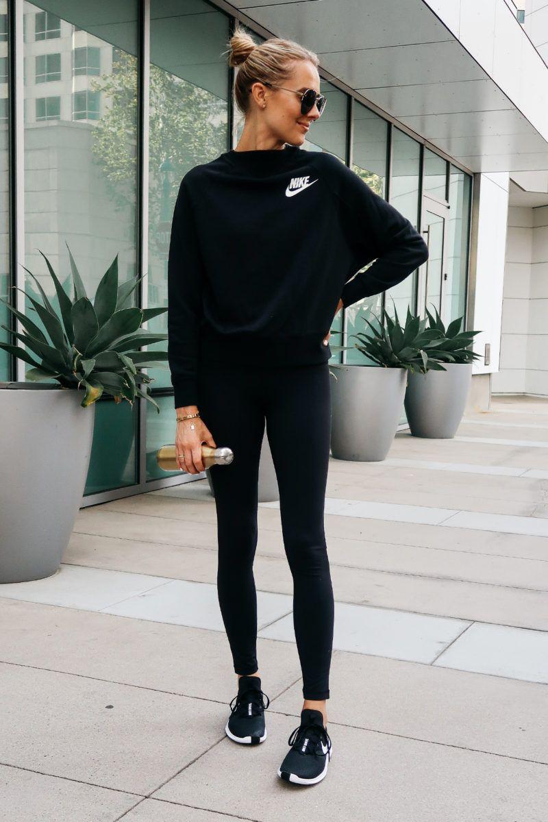Black sweatshirt with black leggings