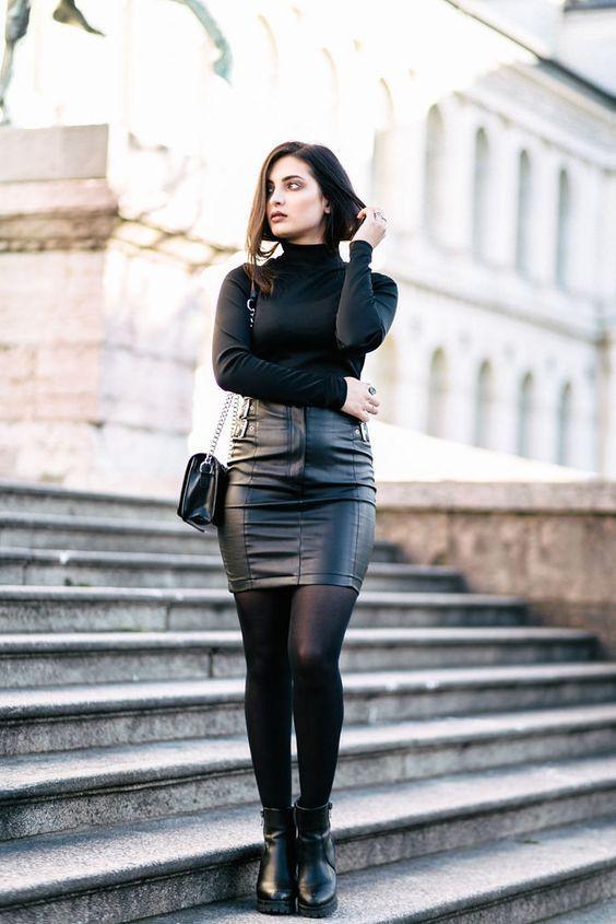 Brunette in leather skirt, Pencil skirt