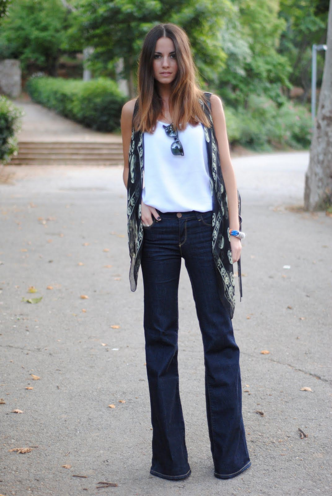 Street style flare jeans, Street fashion
