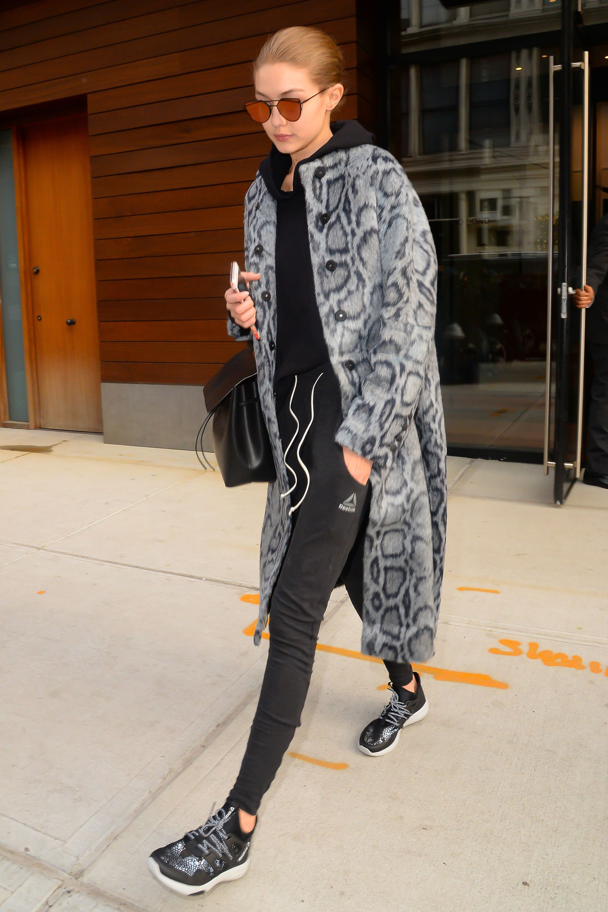 Outfits With Leopard Print Jackets, Gigi Hadid, Fashion blog