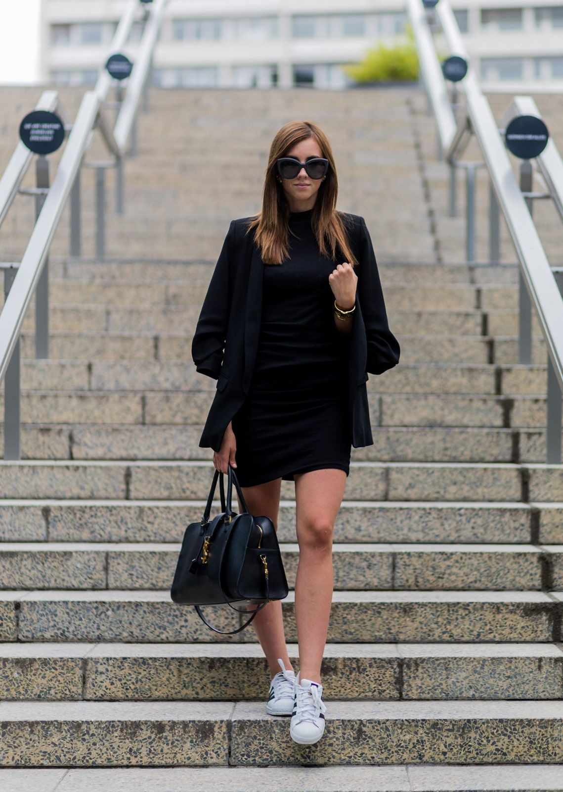 What Shoes To Wear With A Black Dress