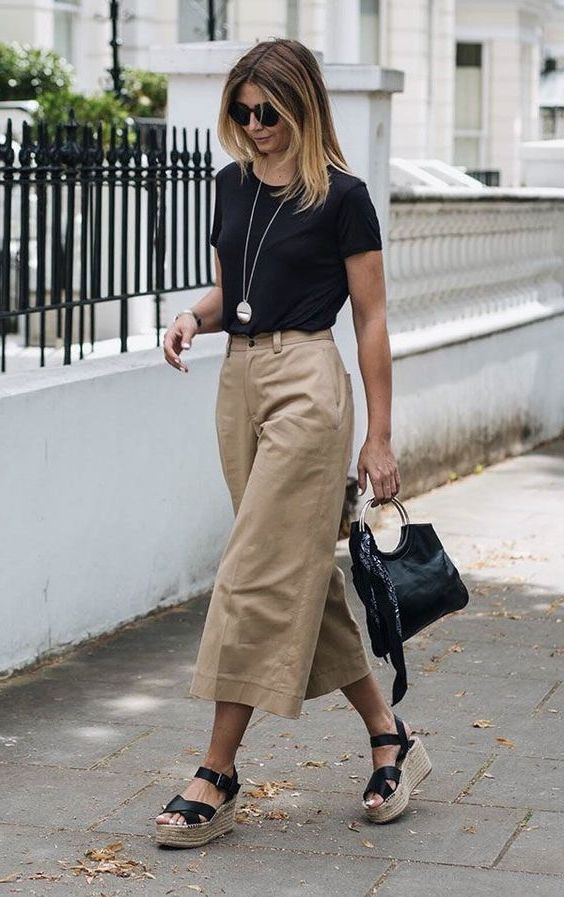 Simple Culottes Outfit For Ladies