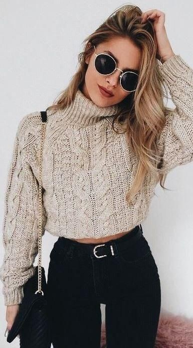 Cable knit cropped sweater, Crop top