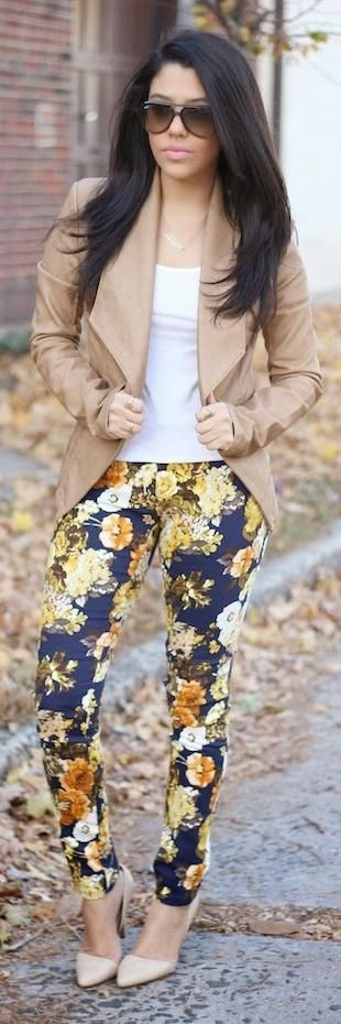 Cute and fascinating dynamite floral pants, Floral Pants