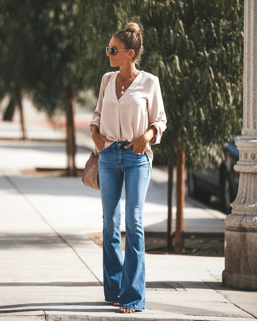 Bell bottom jeans outfit, Casual wear