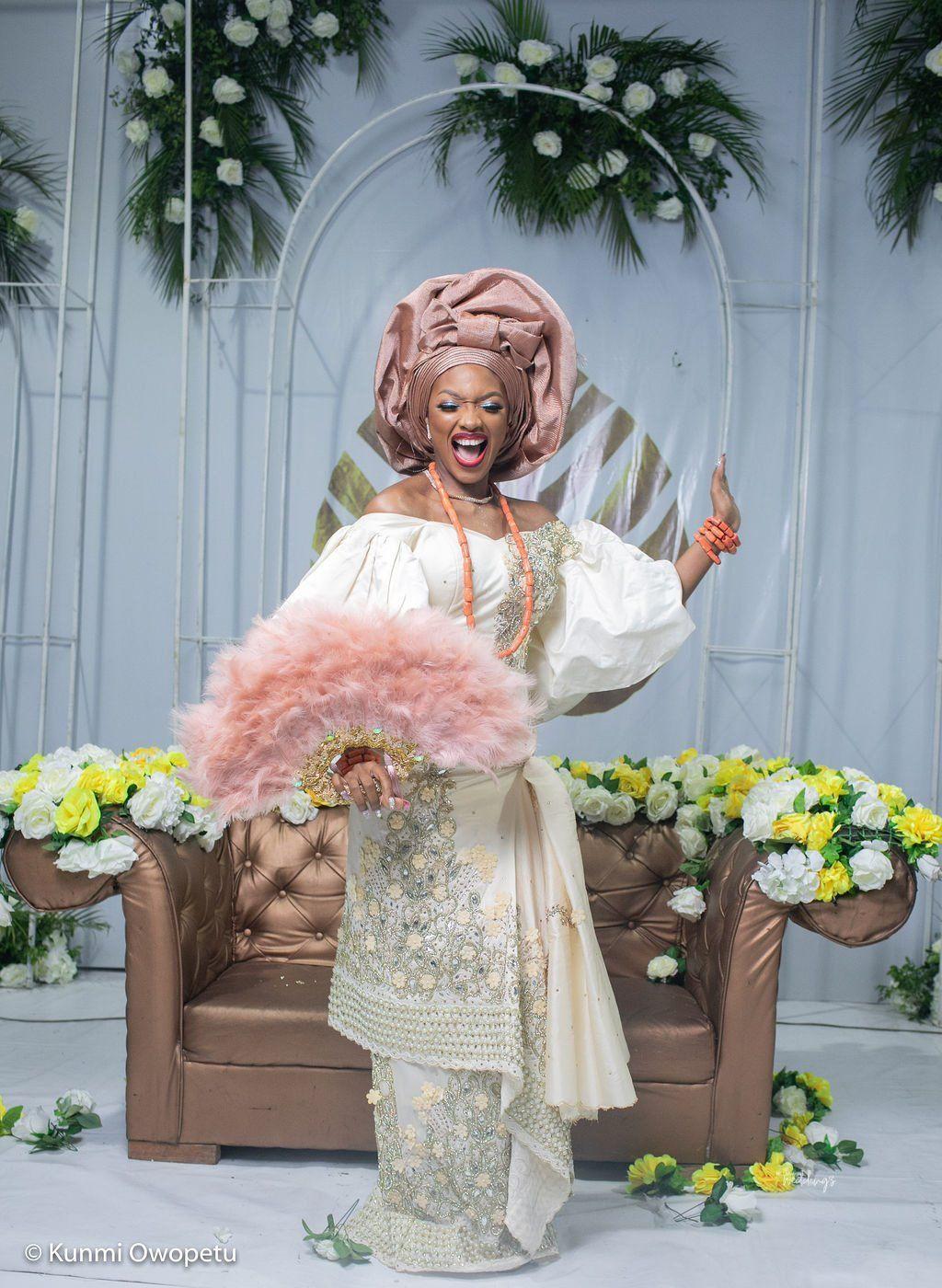 Nigerian Dresses For Nigerian Brides, Floral design, Flower bouquet