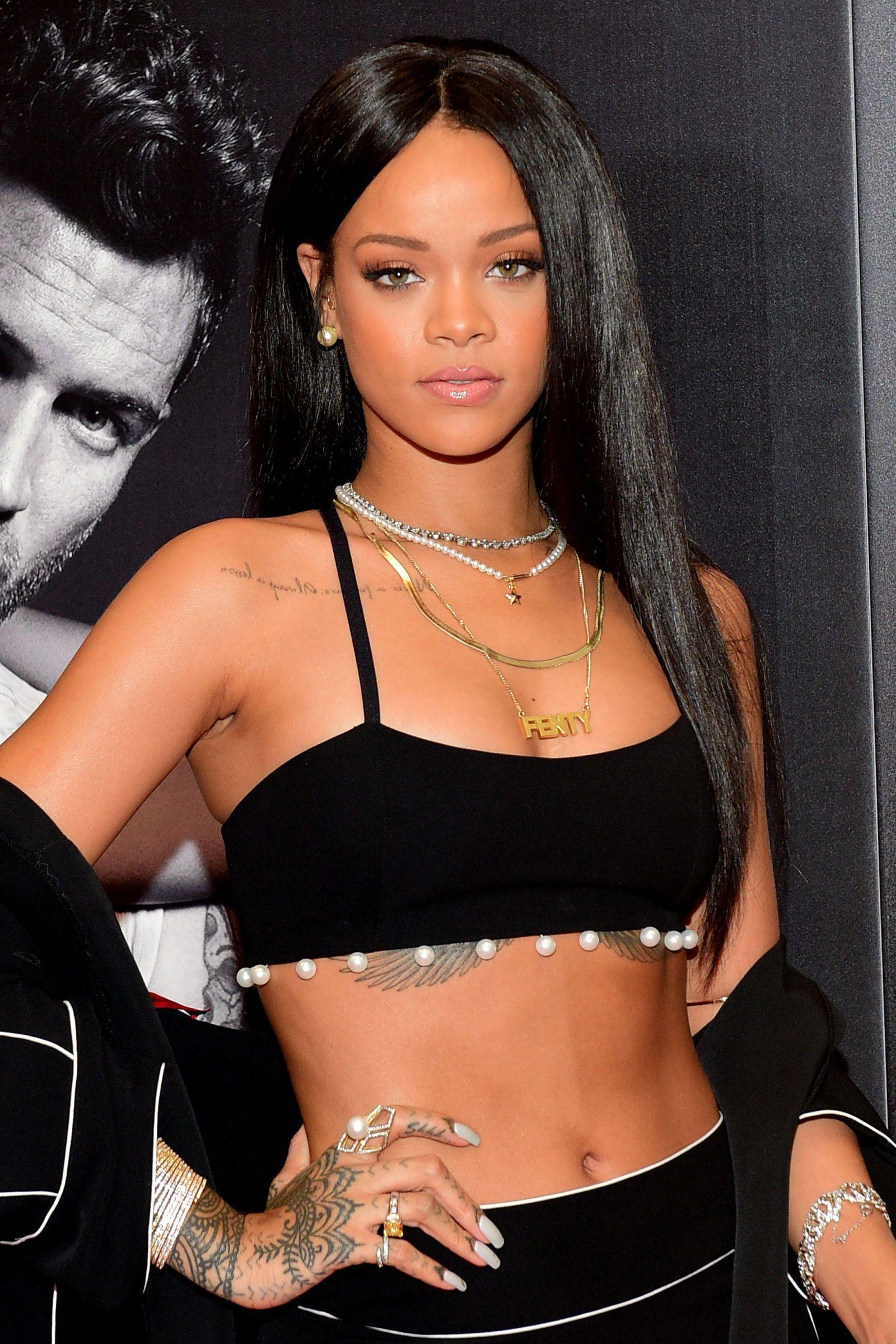Superb choice of rihanna october 25, Rogue by Rihanna