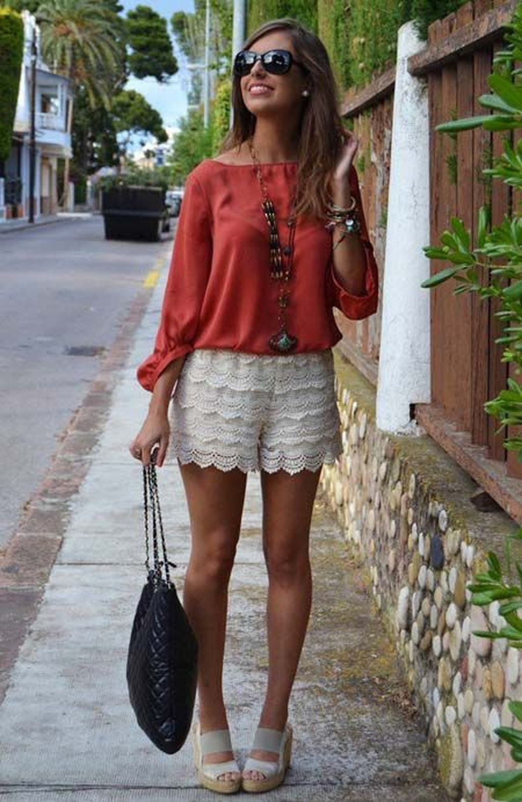 Casual Outfits With Lace Shorts