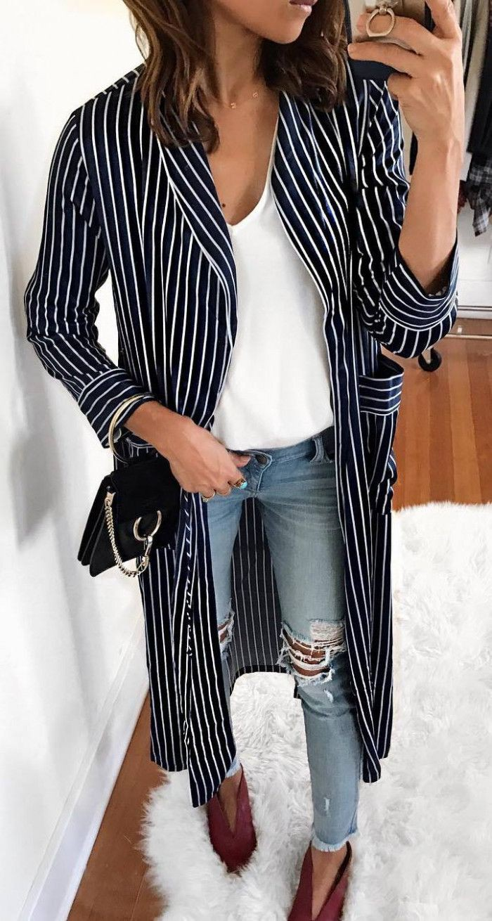 Amazing classic fashion model, Street fashion