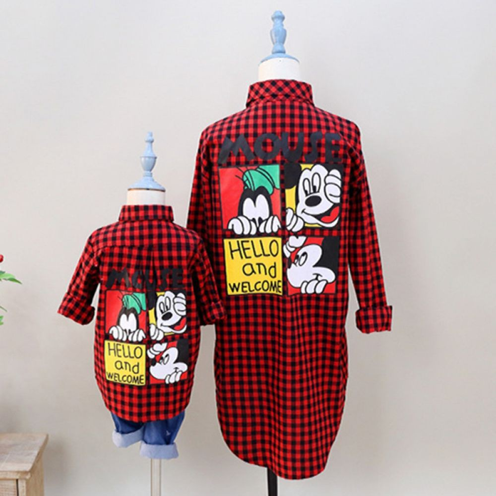 Mom and son matchinv mickey outfits