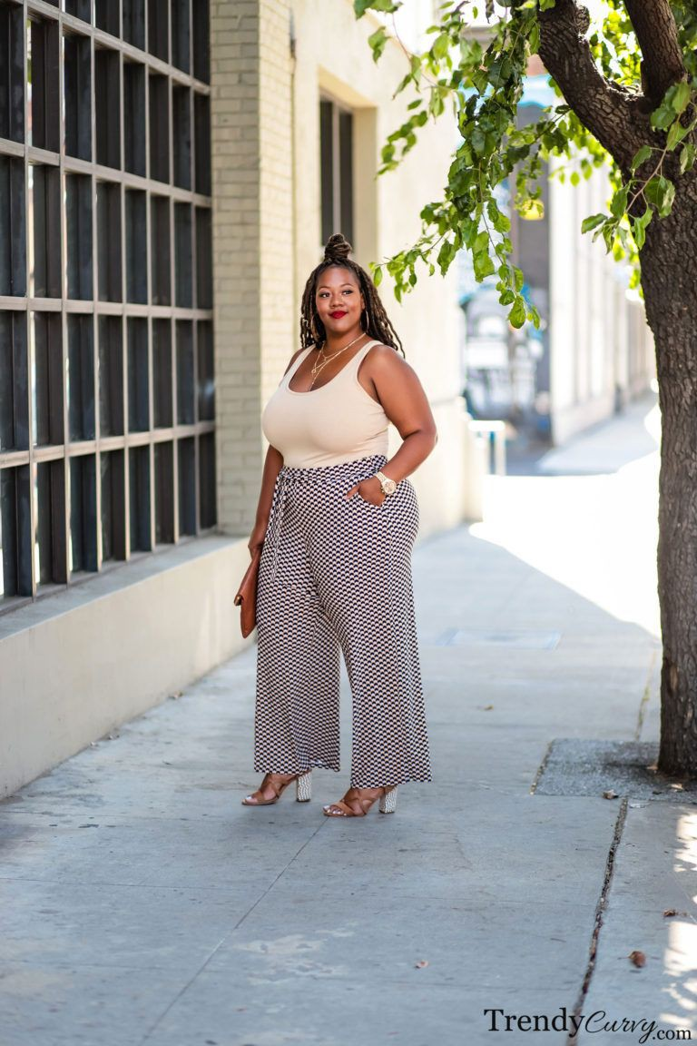 Perfect and stylish trendy curvy, Plus-size model