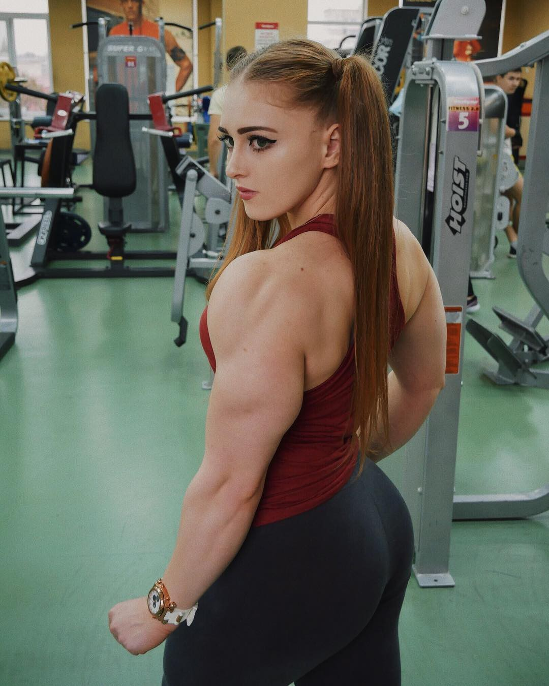 Holidays outfit ideas for julia vins instagram, Triceps brachii muscle