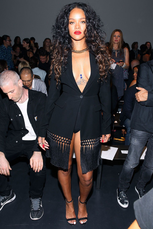 Sophisticated rihanna fashion week 2014, Paris Fashion Week