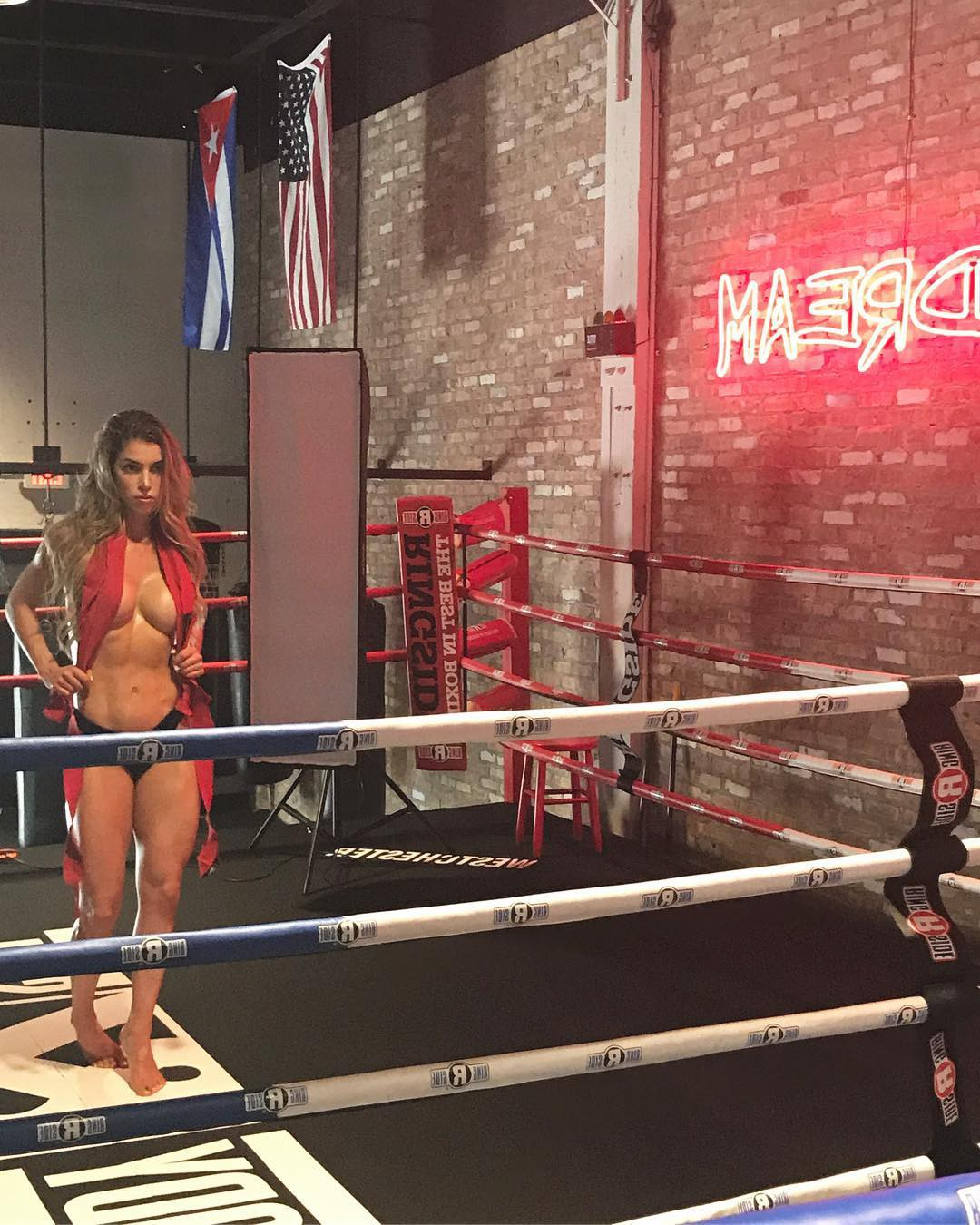 Fit for all boxing ring, Amateur boxing
