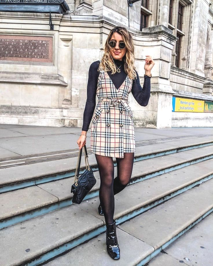 Polo neck Outfits With Tweed Wrap Skirts