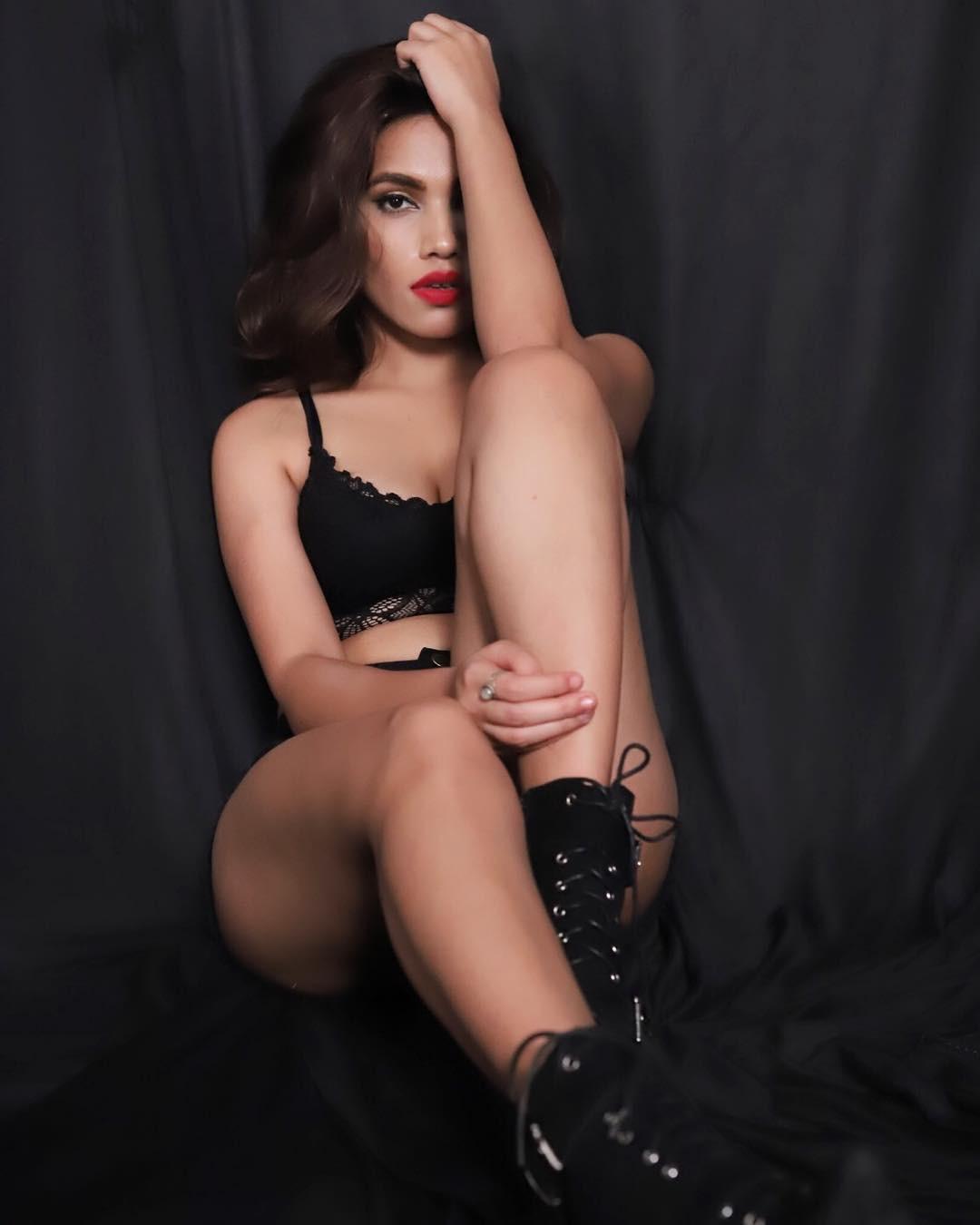 Hot Photos Of Model Purbaasha Das