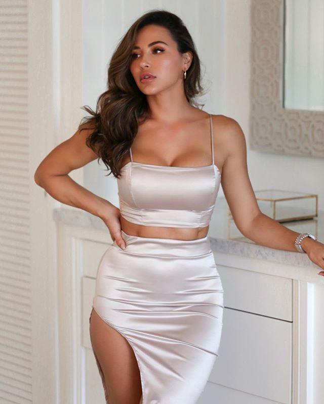 Amazing classic fashion model, Ana Cheri