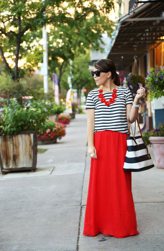 Simple Red Skirt Outfit