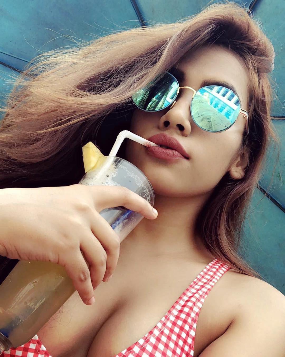 Purbasha das model sexy, Allu Arjun