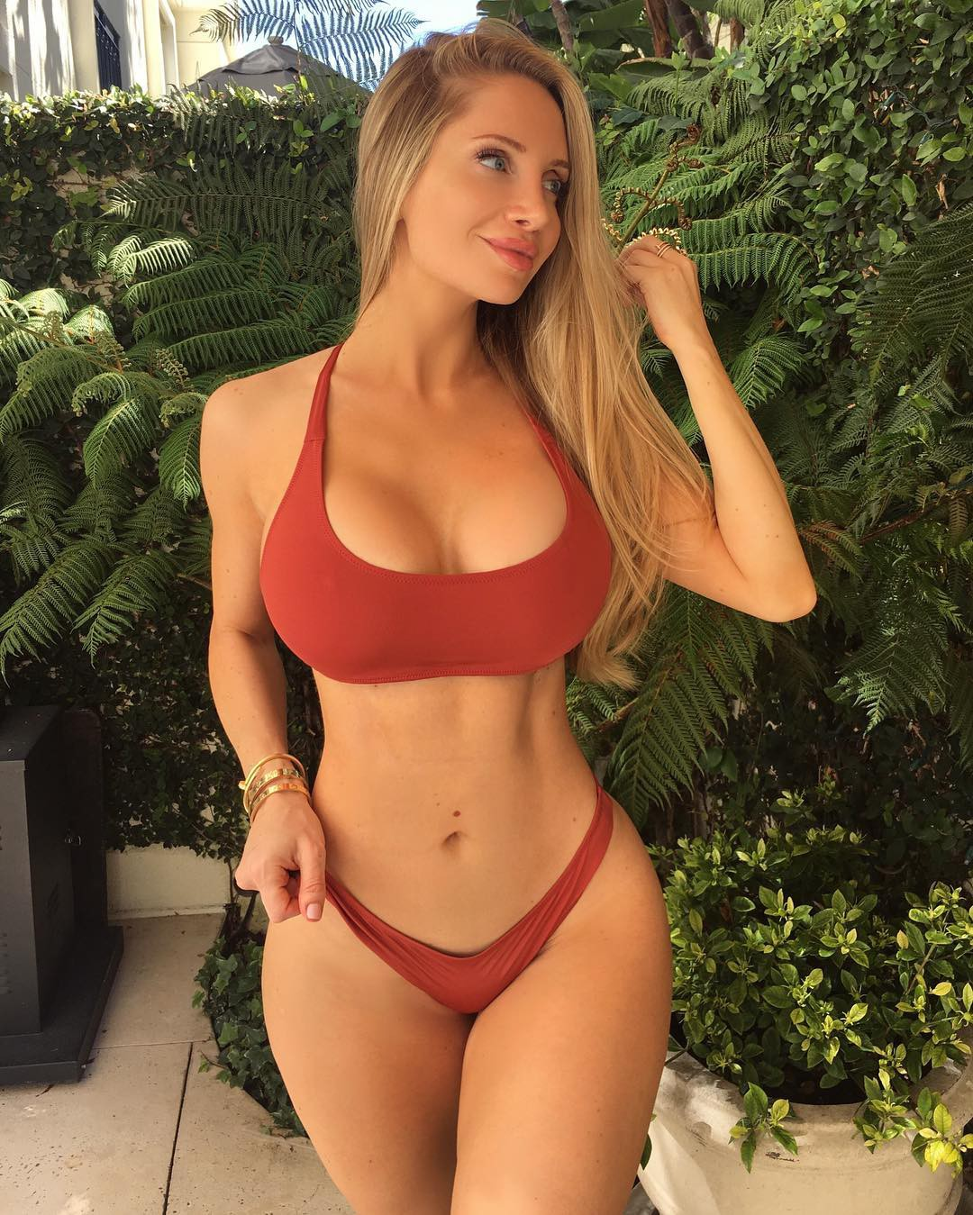 Casual outfit ideas for amanda elise lee, Physical fitness