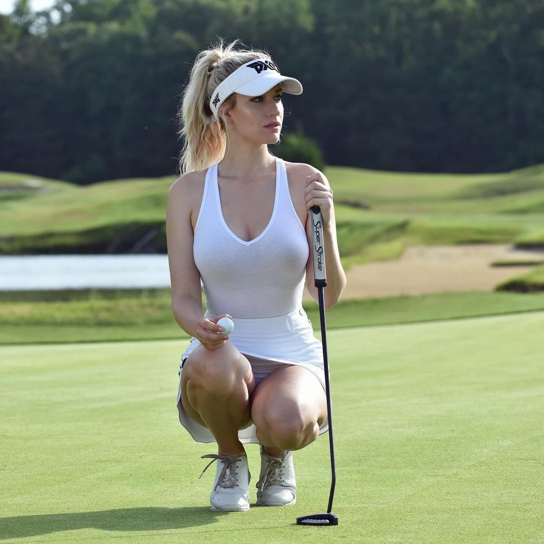 Get stylish look with paige spiranac, Professional golfer