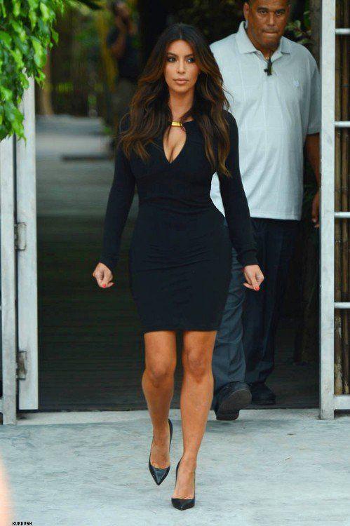 Kim kardashian elegant outfits, Kim Kardashian