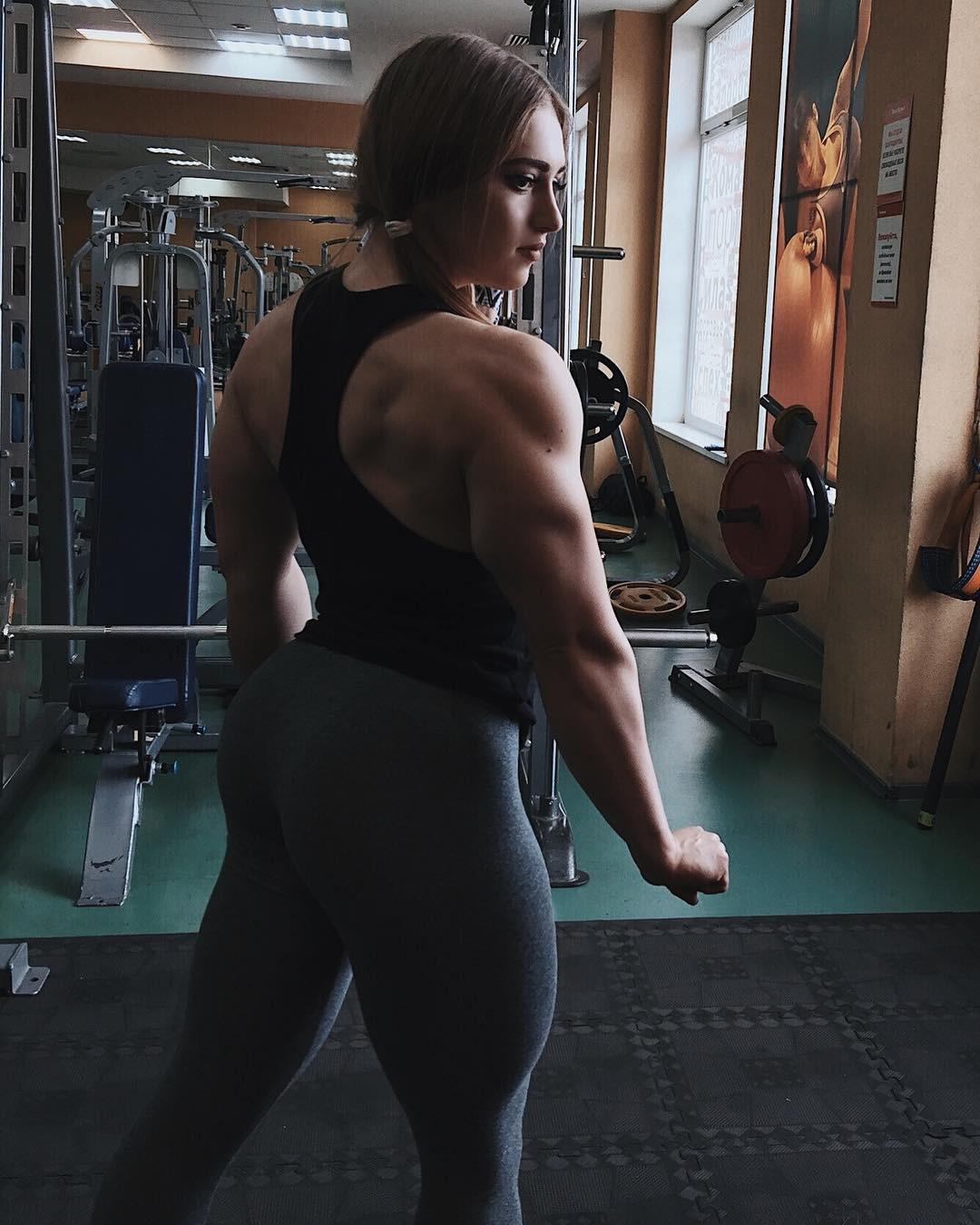 Julia Vins Bodybuilder, Triceps brachii muscle, Body fat percentage