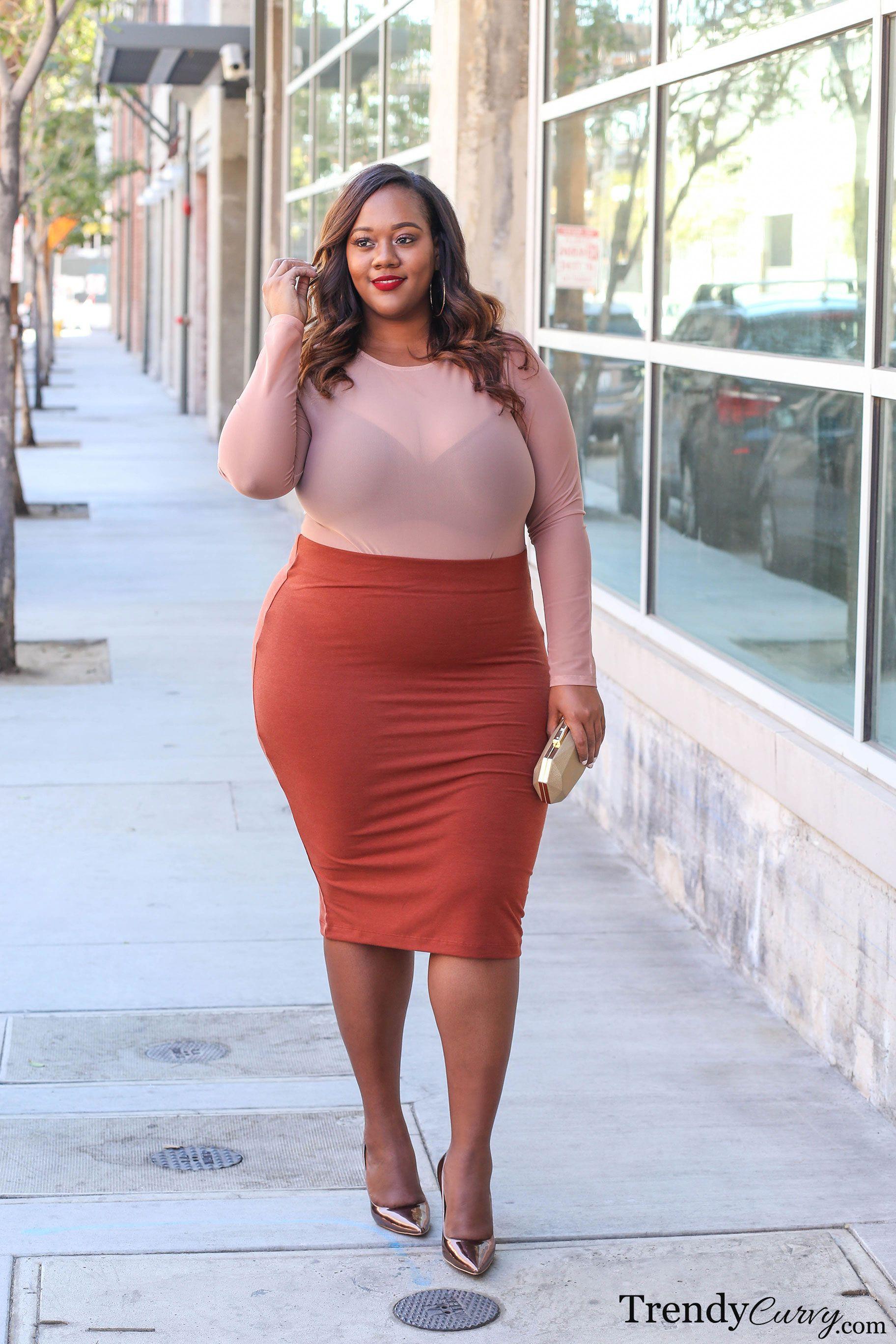 Women favorite trendy curves, Plus-size clothing