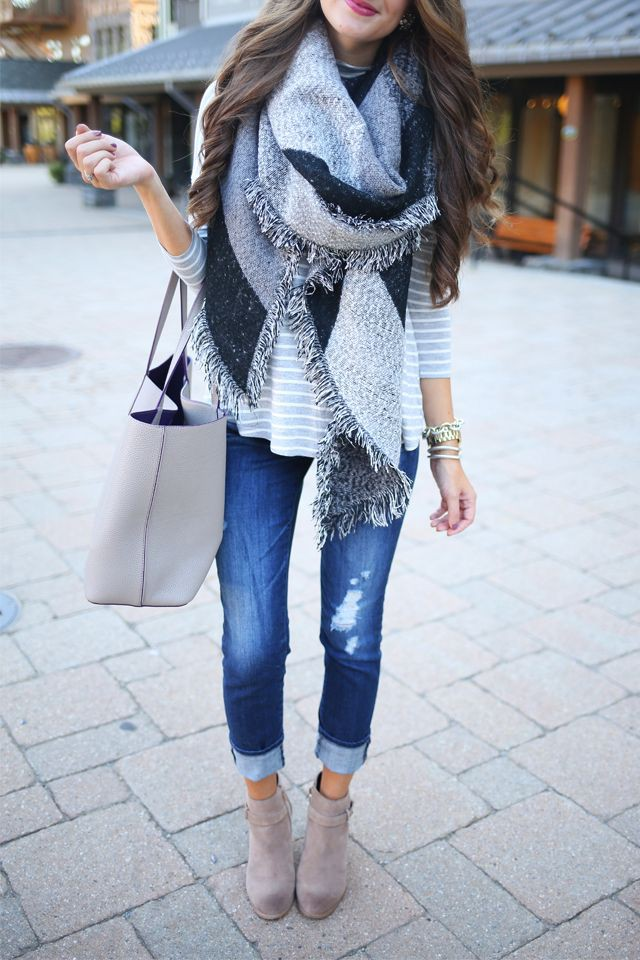 Cuffed jeans with ankle boots