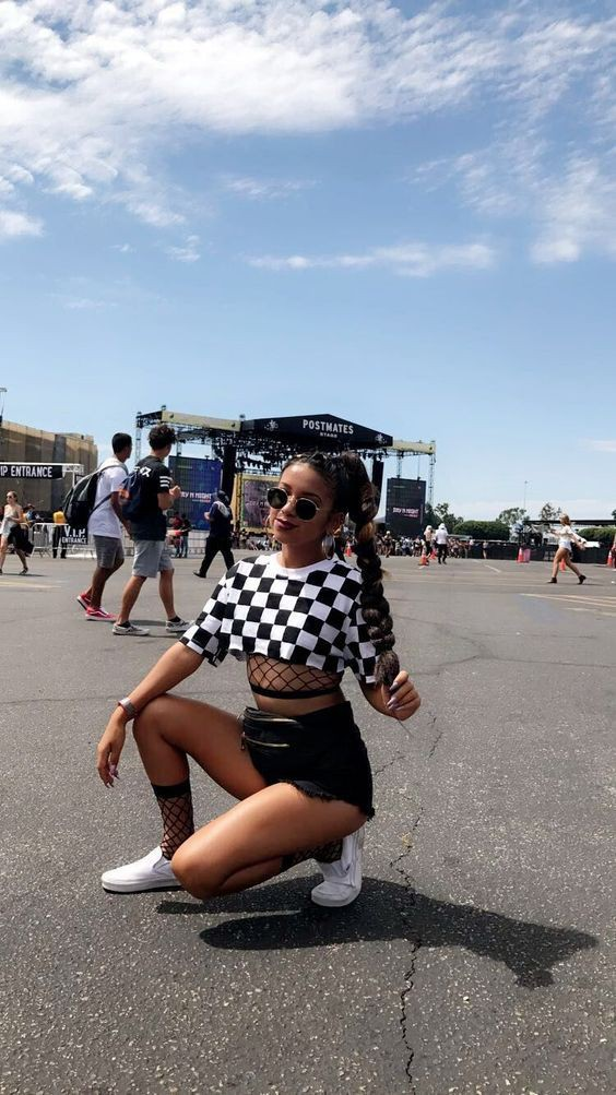 Day n vegas festival outfits