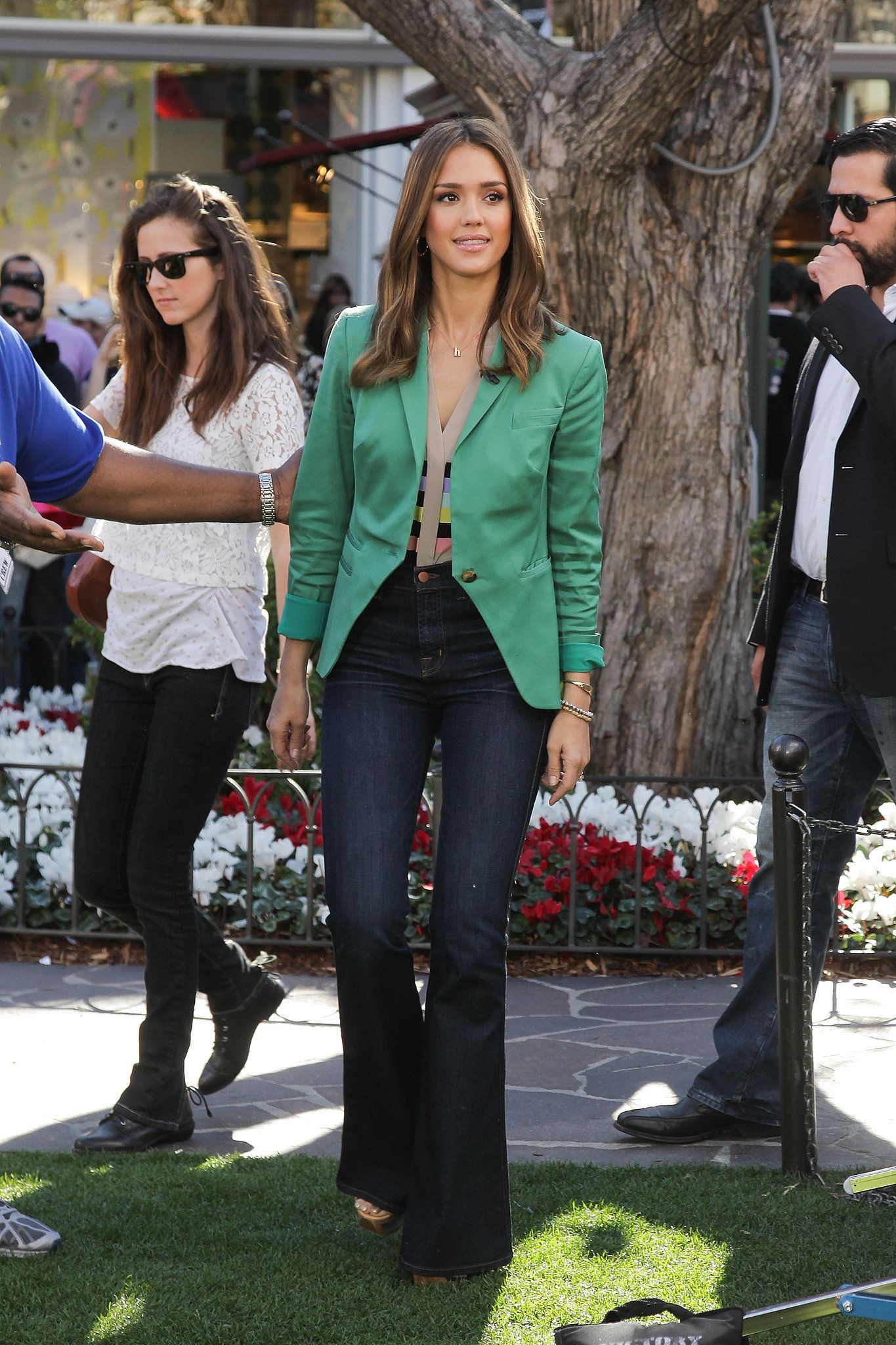 Outfits With Bootcut Jeans, Jessica Alba, Color wheel