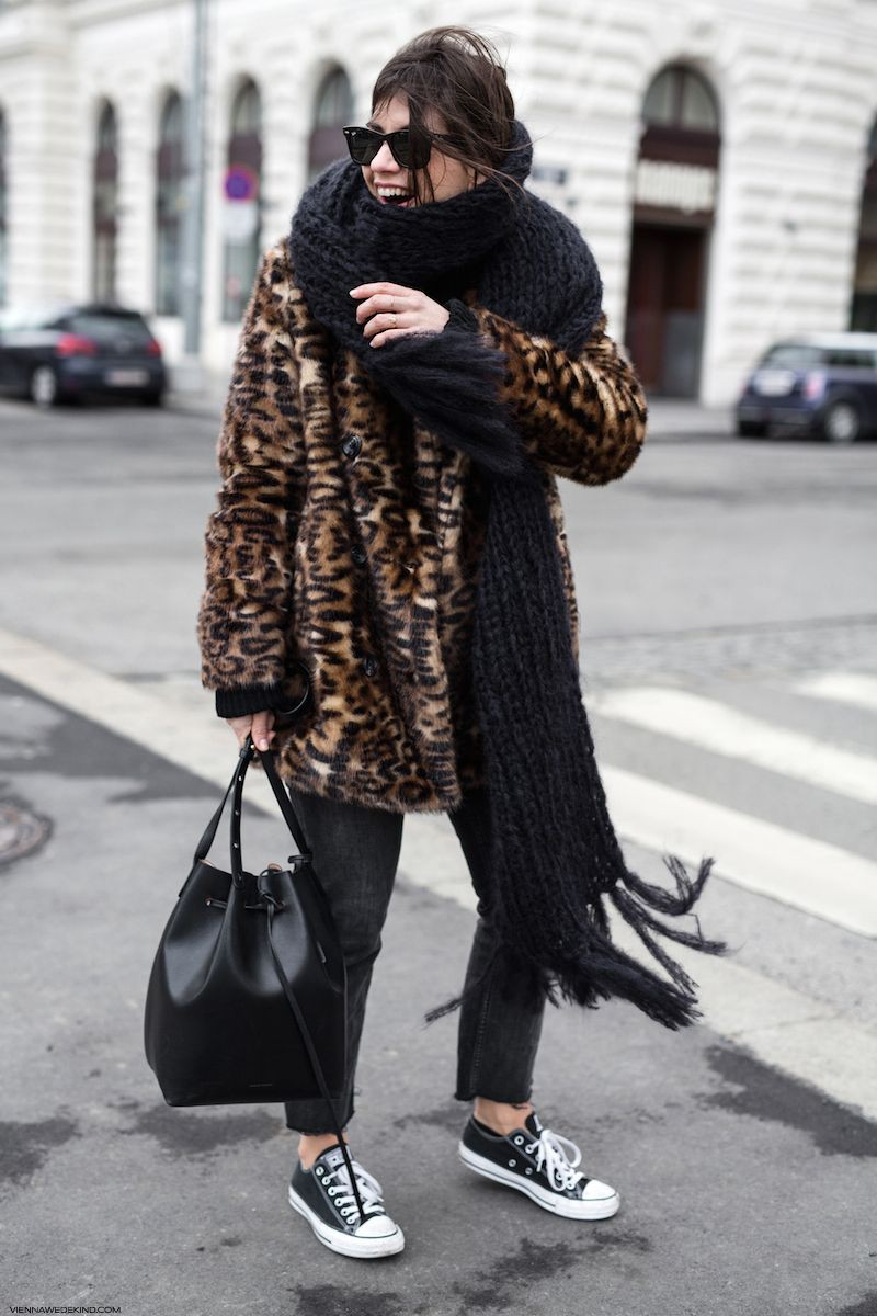 Street Style Outfits With Leopard Print Jackets, Fur clothing, Animal print