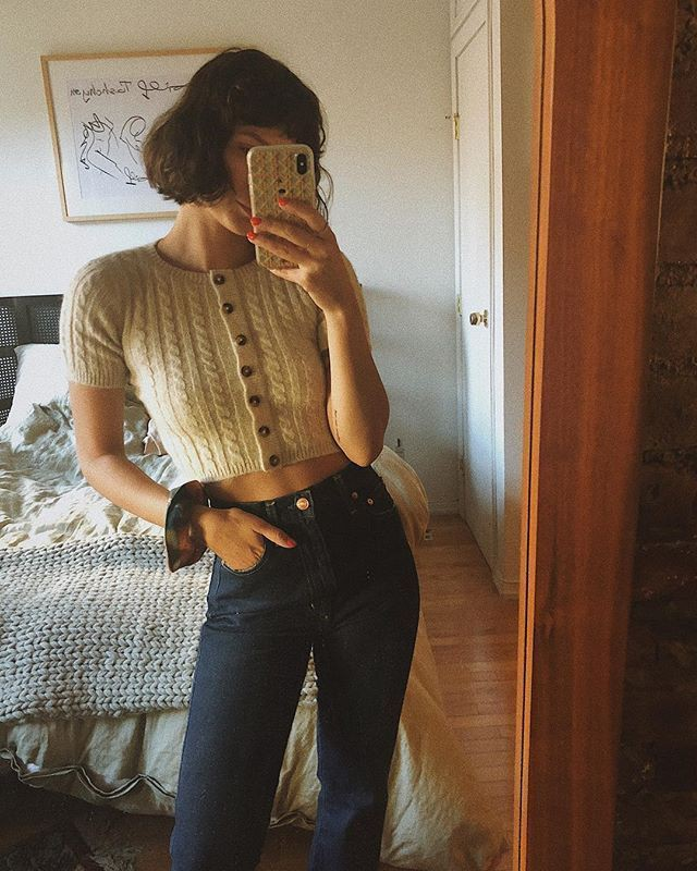 Crop top, Retro style Cropped Sweaters Outfits,