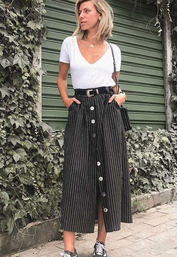 Trendy and elegant modesty looks, Vans Old Skool   Casual