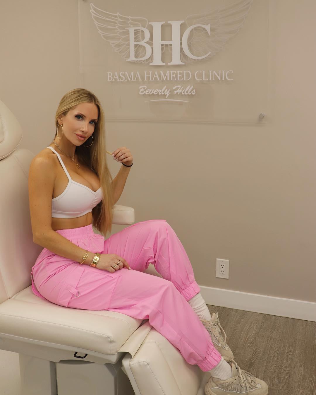 Amanda elise lee pink, Goddess Fitness