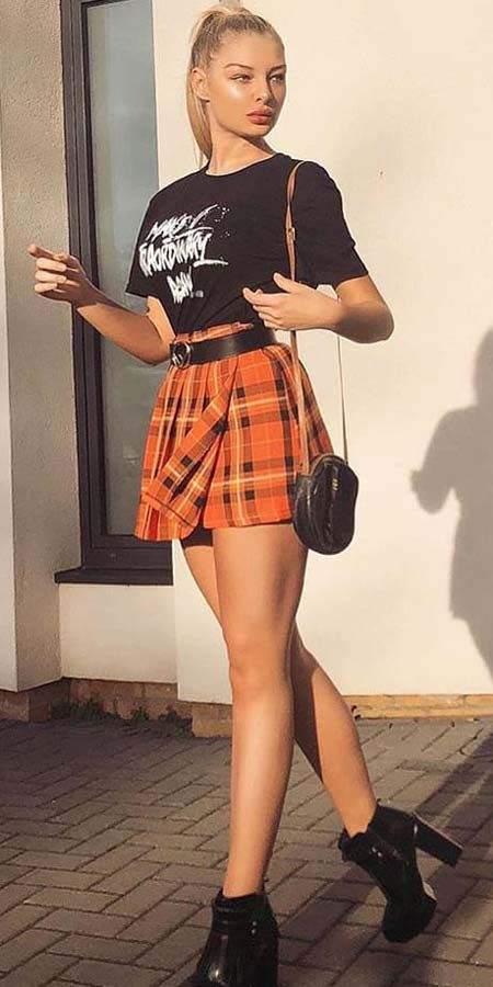 Mini skirt pleated outfit instagram