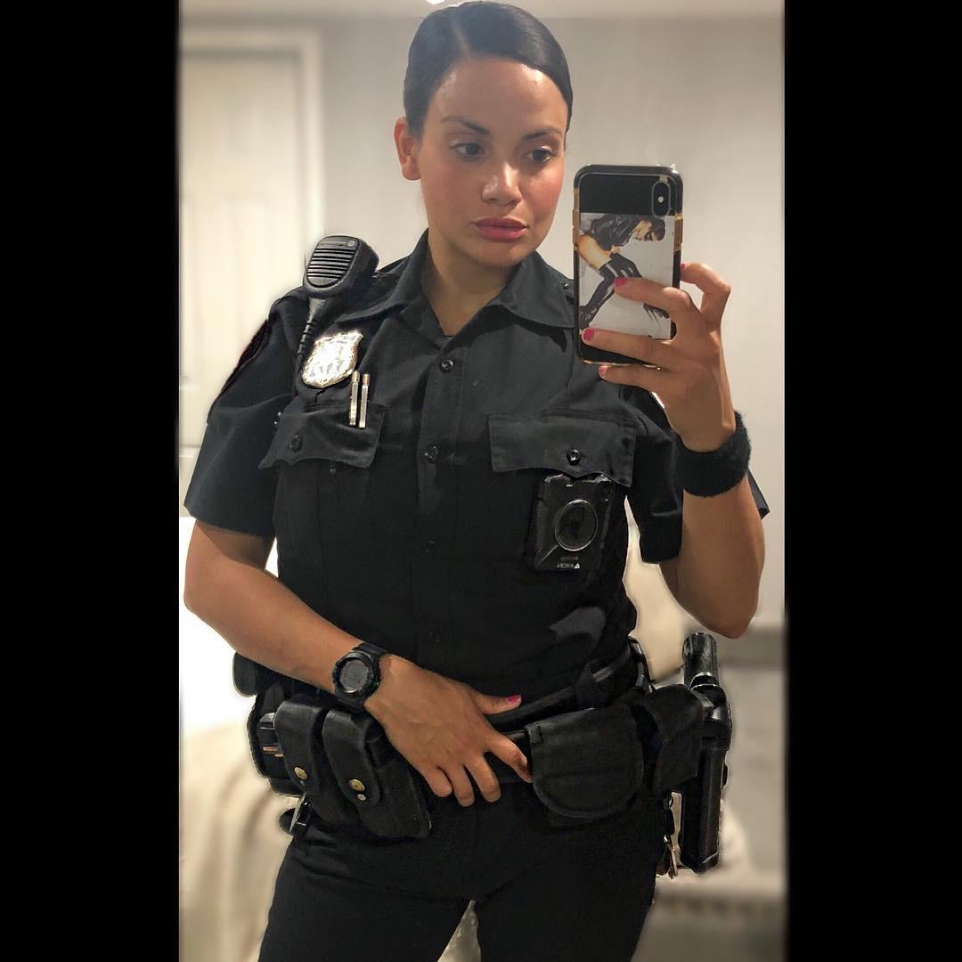 Most craved designs police officer, Samantha Sepulveda
