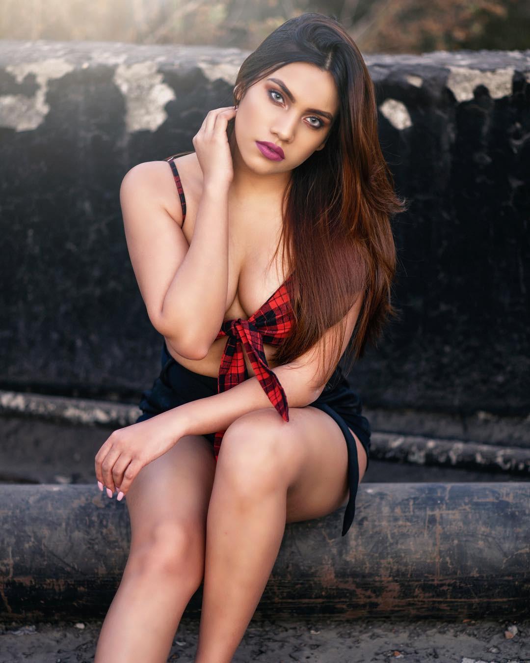 Pragya Jaiswal, Photo shoot
