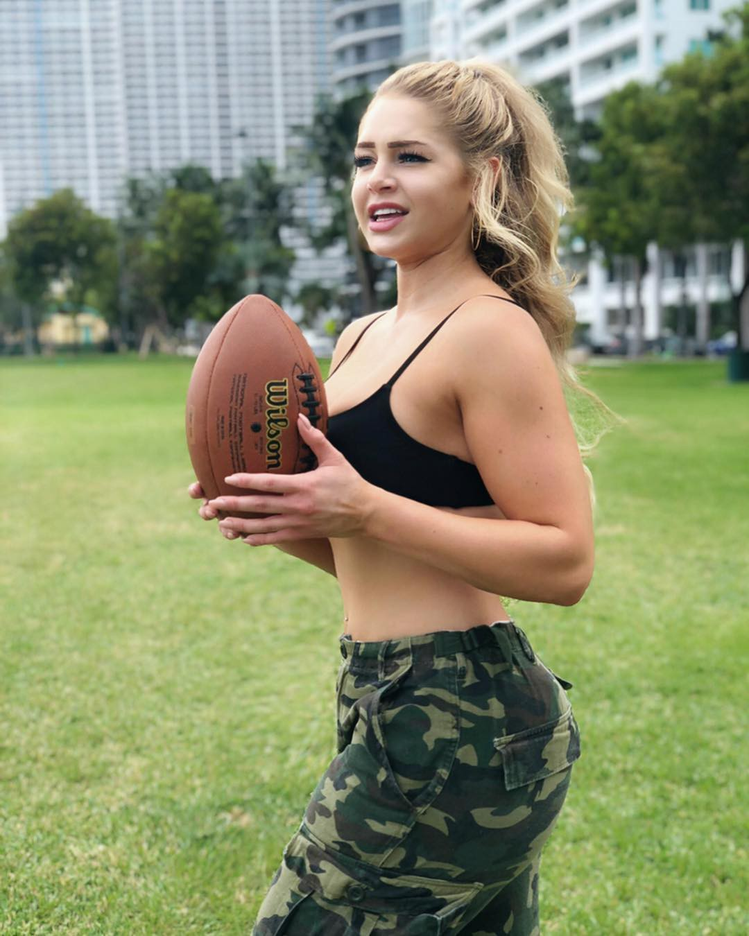 Nice and adorable courtney tailor, Los Angeles Rams