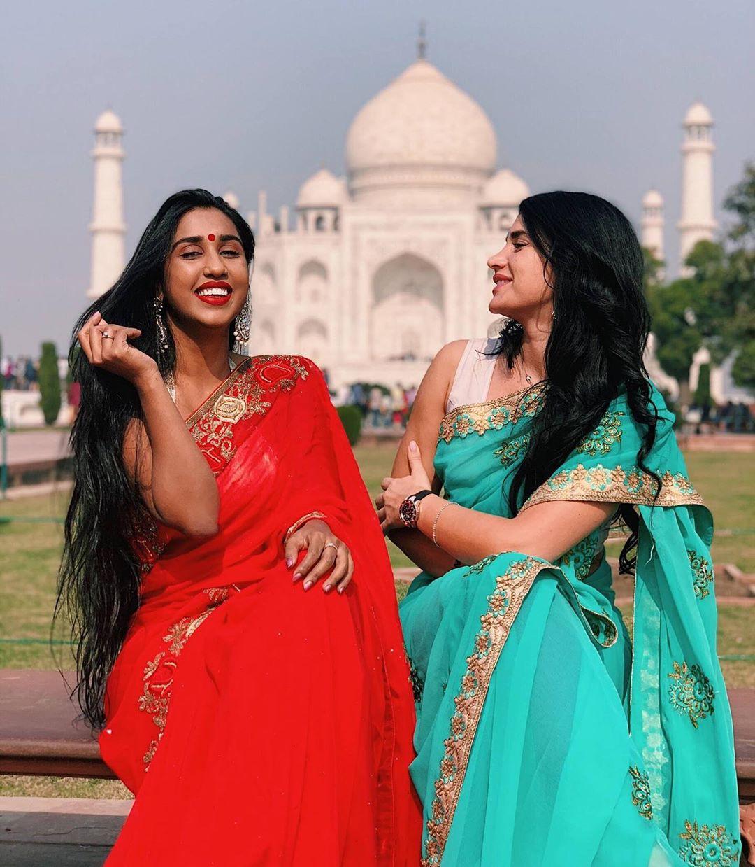 Scarlett m rose saree, Taj Mahal