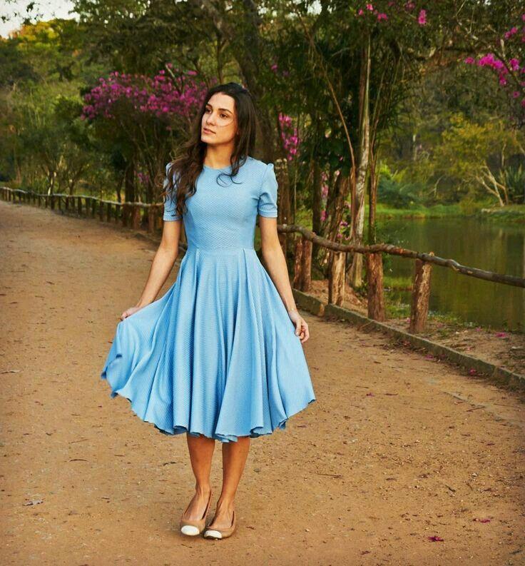Vestido azul céu, Cocktail dress