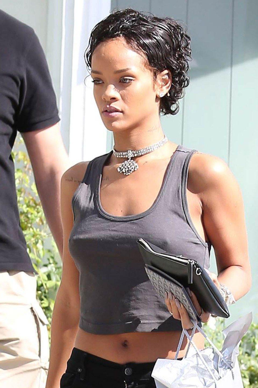 Rihanna short curly hair, Short hair