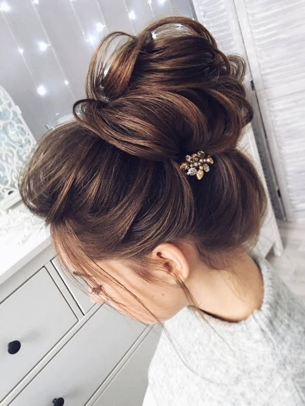 Outfits for charming updos high, Long hair