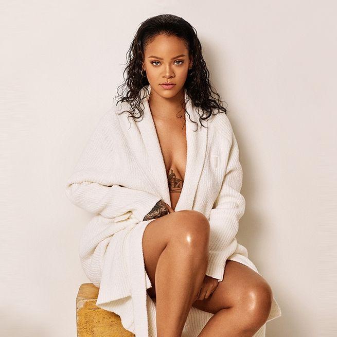 Rihanna looked so hot, Sexy Rihanna Pictures