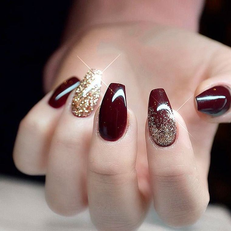 Check these finest collection of burgundy nail designs 2019, Artificial nails