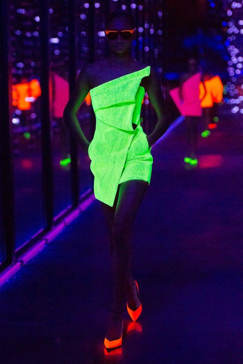 Milan Fashion Week Glow In The Night Outfit