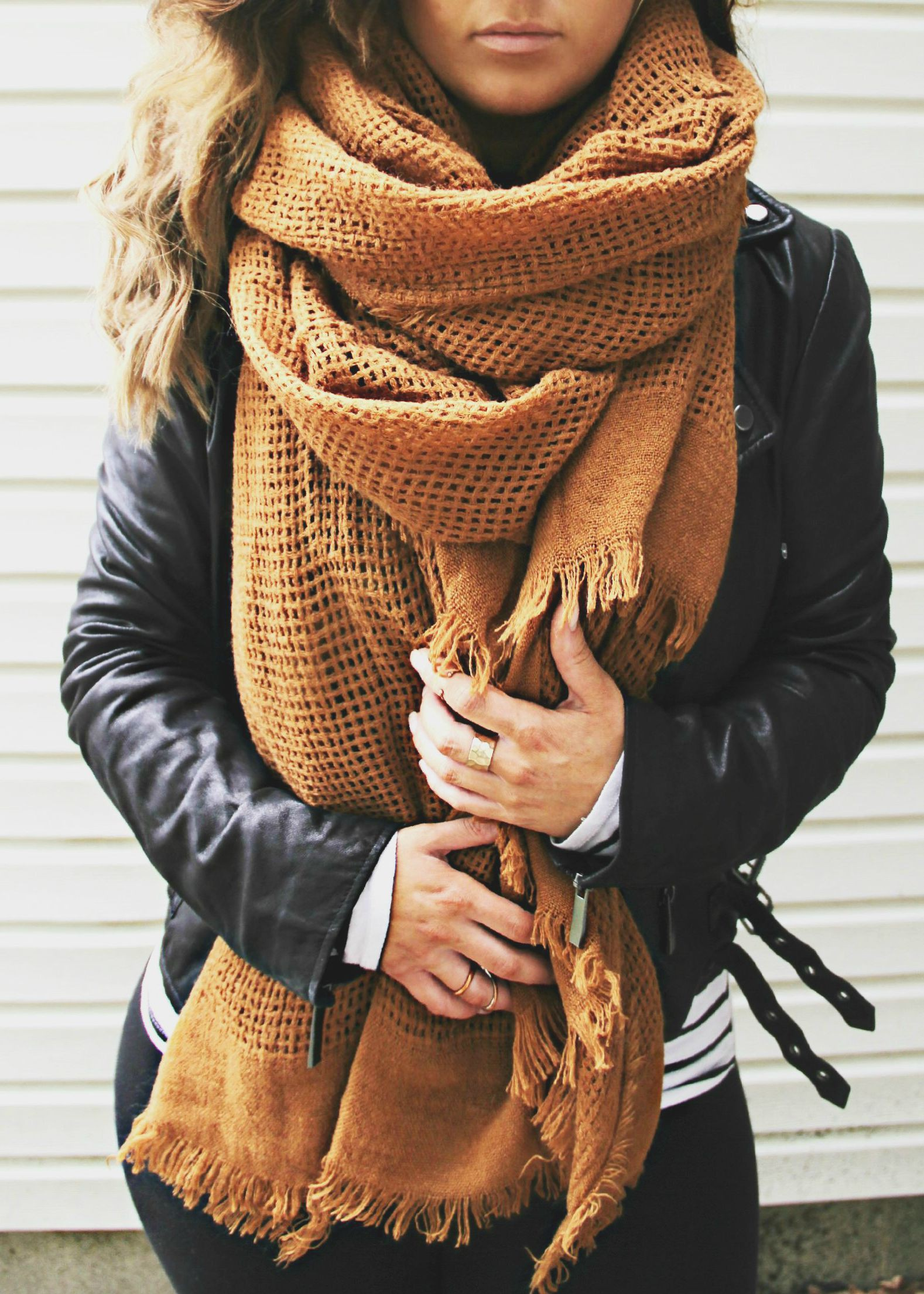 Appealing style for big scarf winter, Winter clothing